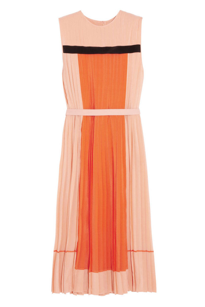 elle-spring-dresses-pleats-victoria-backham-v-xln